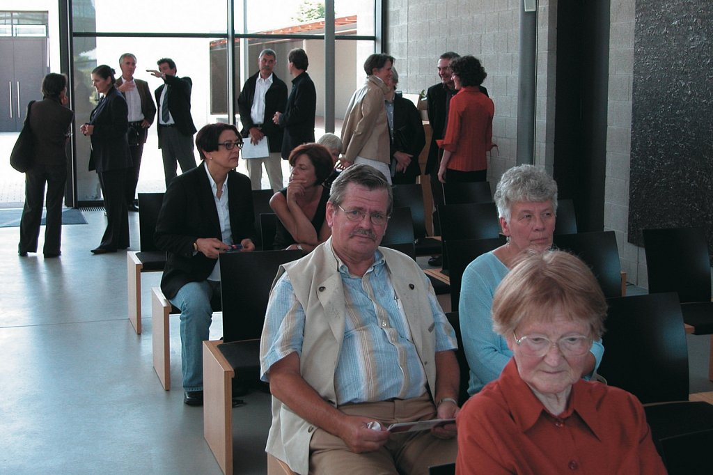 Vernissage, 2004